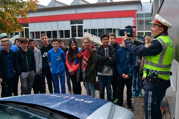 Polizei beschert Schülern einen spannenden Vormittag