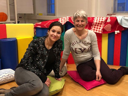 Hannah Strinlechner und Sabine Hochenburger von der Kinderschutz Innsbruck Kindergruppe