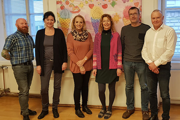 Foto von PSI Thomas Eiterer, DSA Reinhard Stocker-Waldhuber, GF Karin Hüttemann, Mag.a Elisabeth Harasser, Dr.in Brigitte Thöny, Mag. (FH) Philipp Bechter