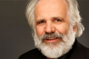 Porträt des Referenten Dr. Philip Streit